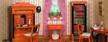 Kleines Biedermeier Schreibzimmer in rosé
