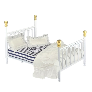 White 'Cast Iron' double bed