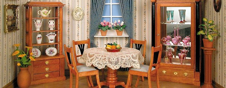 Small Biedermeier parlor