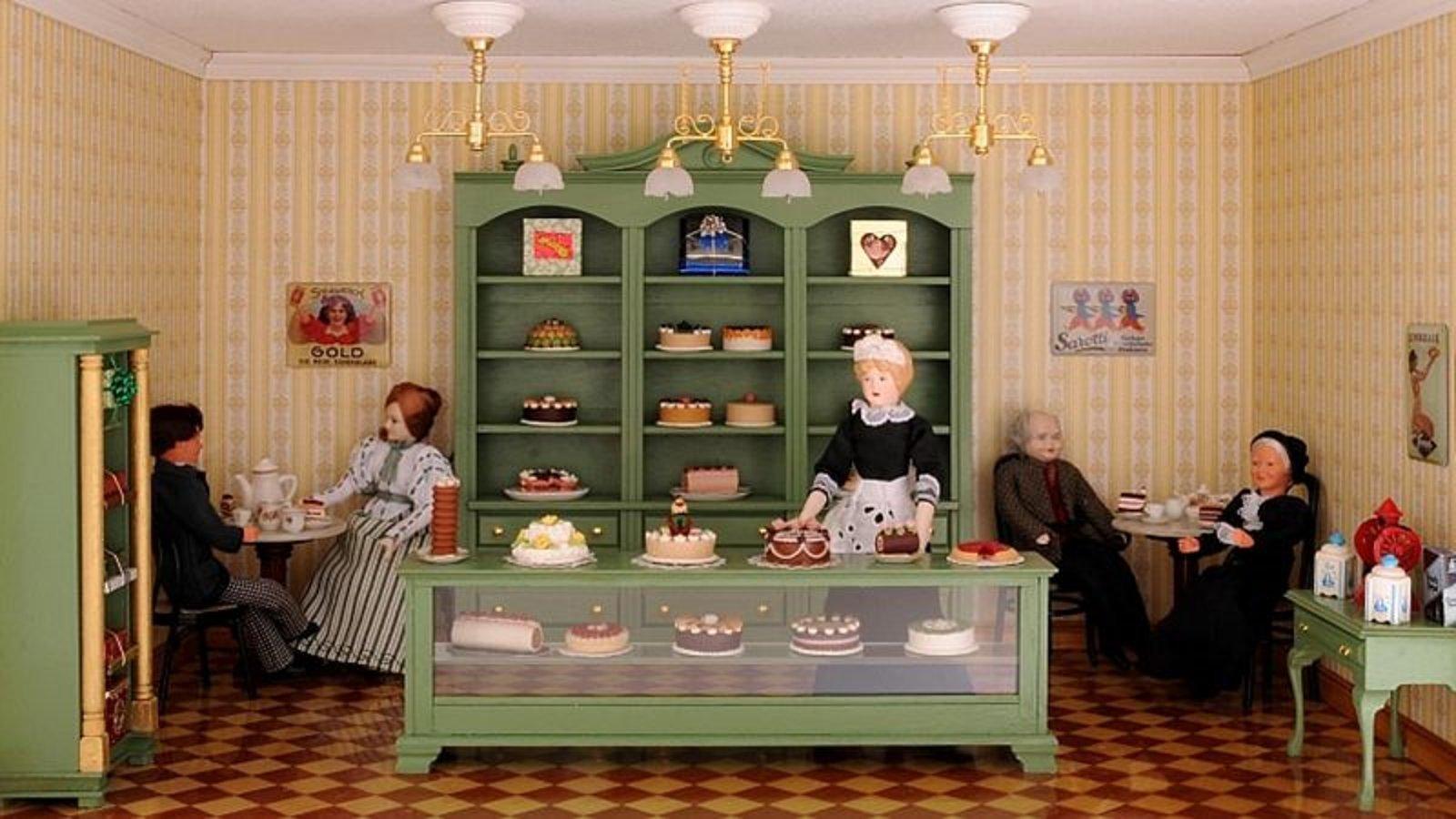 NEU: Bausatz-Set - Café und Konditorei - inklusive Lackspray in Reseda-Grün!